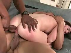 Gorgeous man is masterfully drilling her kitty