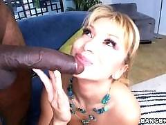 One big dick coming up for the MILF. Lea Lexus