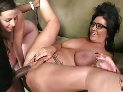 Summer tastes Sammy`s pussy juices from massive black dong.