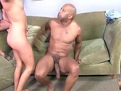 Amateur woman with astonishing tits gets ride on big dick