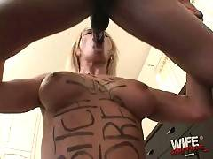 Sexy Barbora Hungrily Works Her Mouth 3