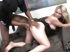 Sarah is going to make her pathetic husband lick off black dude`s cum from her feet.